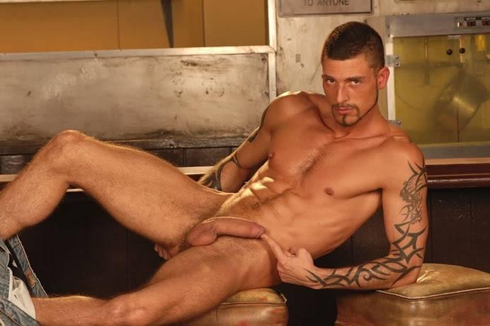 homens gostosos nus